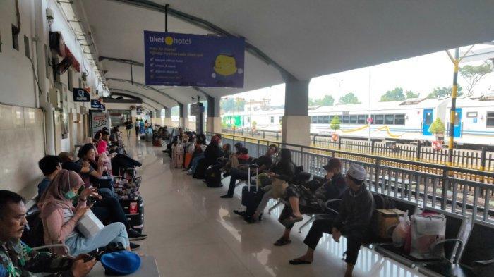 H-6 Lebaran, Arus Mudik di Stasiun Kota Baru Malang Mulai Ramai Penumpang