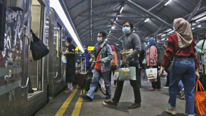 H-5 Sebelum Larangan Mudik Berlaku, Stasiun Gubeng Surabaya Sudah Berangkatkan 13 Ribu Penumpang