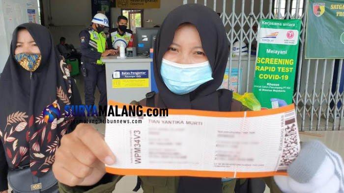 Calon Penumpang KA di Stasiun Mojokerto Protes Aturan Wajib Rapid Test Antigen, 'Minim Sosialisasi'