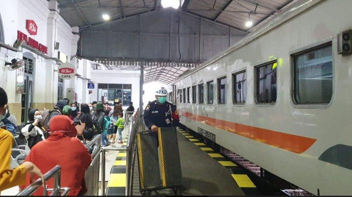 Gagal ke Jakarta Naik Kereta Api ? Tiket Dikembalikan 100 Persen, PT KAI : Tenggat Waktu 30 Hari