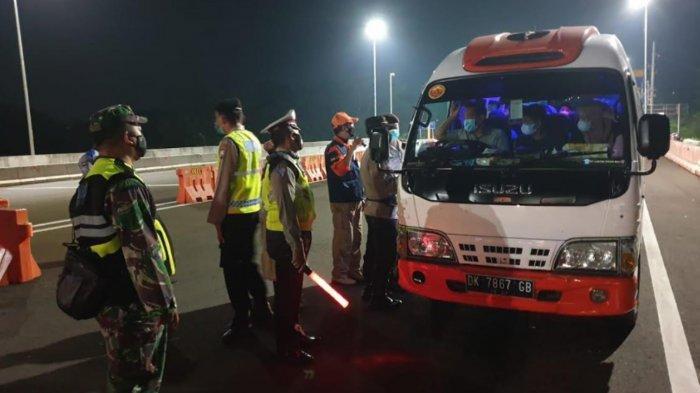 Penyekatan Exit Tol Madyopuro Malang Berakhir, Ada 923 Kendaraan Berbagai Jenis Diminta Putar Balik