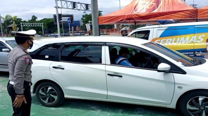 Ilustrasi penyekatan oleh petugas Polres Malang di Pos Polisi Exit Tol Karanglo Singosari beberapa waktu lalu.