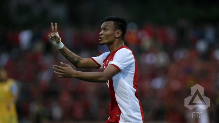 Kisah Menarik di Balik Julukan The Dragon untuk Striker PSM Makassar, Ferdinand Sinaga