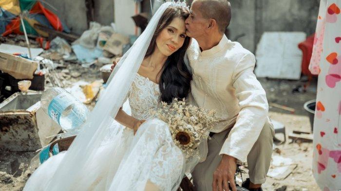 Viral Pernikahan Pemulung Berlatar Sampah, Tampil Bak Raja dan Ratu, Ternyata Ada Fakta Tak Terduga