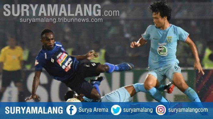 Hasil Skor Sementara Persela Vs Arema FC di Babak Kedua, Singo Edan Lumpuh di Stadion Surajaya