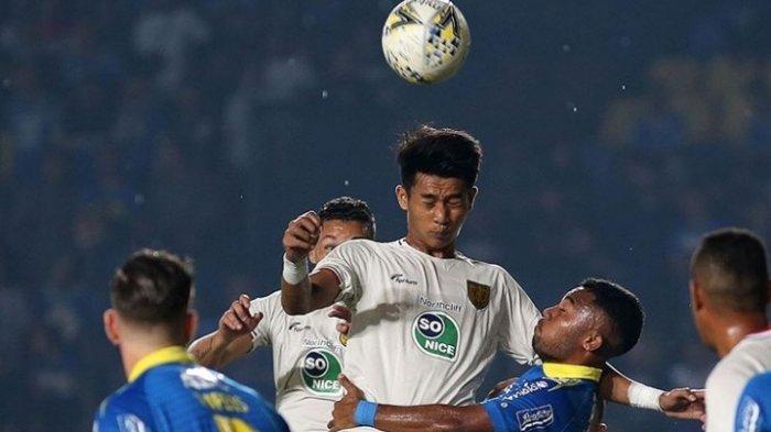 10 Pemain Persela Sukses Mengalahkan Persib Dua Gol Tanpa Balas di Stadion Si Jalak Harupat