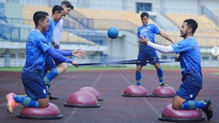 Persib Bandung Siap Hadapi Uji Coba Lawan Dua Tim Dalam Sehari Jelang Liga 1 2021, Ini Alasannya