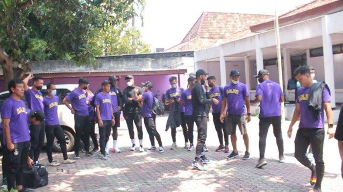 Arema FC Baru Selesaikan TC di Kota Batu, Persik Kediri Sudah Berangkat ke Solo Jelang Seri 2 Liga 1