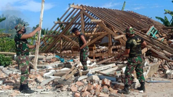 Korem 083/Baladhika Jaya Terjunkan 700 Personel Bantu Warga Terdampak Gempa di Malang