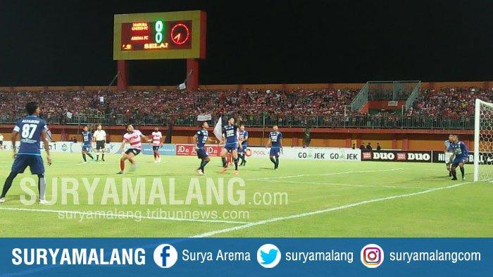 Babak Pertama Usai, Ini Skor Sementara Arema FC saat Dijamu Madura United di Pamekasan