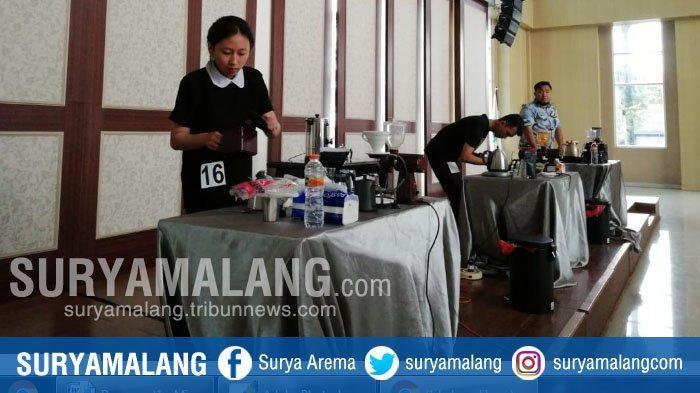 82 Peserta Ikut Lomba Fun Manual Brew di Balai Kota Among Tani, Kota Batu