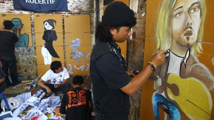 PARADE FOTO : Workshop Wayang Kardus Singgah di Malang, Selanjutnya ke Surabaya - peserta-membuat-wayang-kardus-dalam-workshop-wayang-kardus-di-kecamatan-dau-kabupaten-malang.jpg