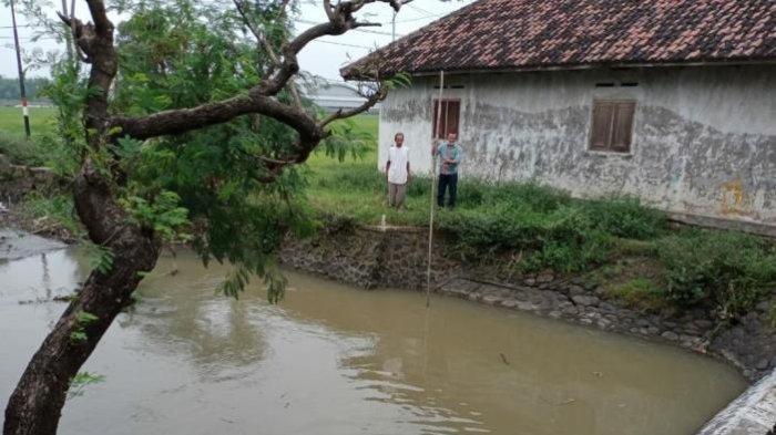 Tak Kunjung Pulang, Petani Mojokerto Ditemukan Tewas di Dalam Sungai Belakang Rumahnya
