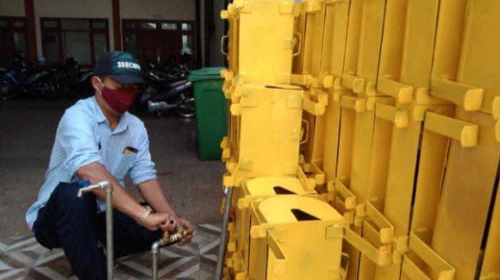 Perumdam Among Tirto Batu Pasang 750 Sambungan Air Bersih ke Warga Berpenghasilan Rendah