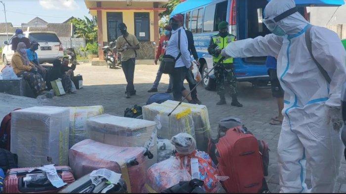 4 Pekerja Migran asal Gresik yang Pulang dari Malaysia Positif Covid-19, Karantina di Surabaya