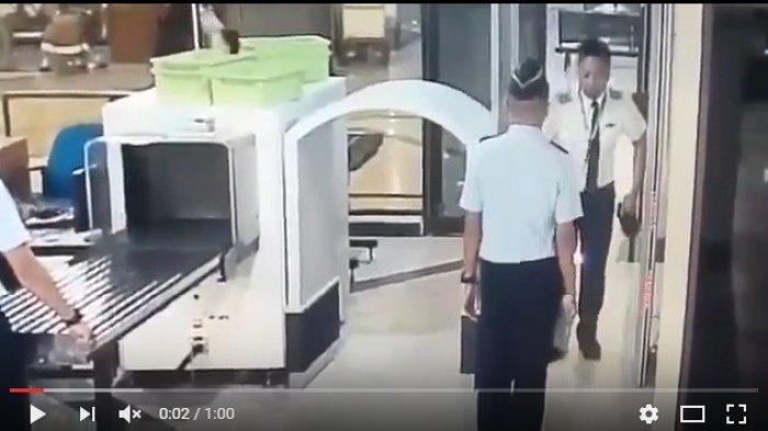 Inilah Video Diduga Pilot Citilink Mabuk, Jalan Sempoyongan di Bandara