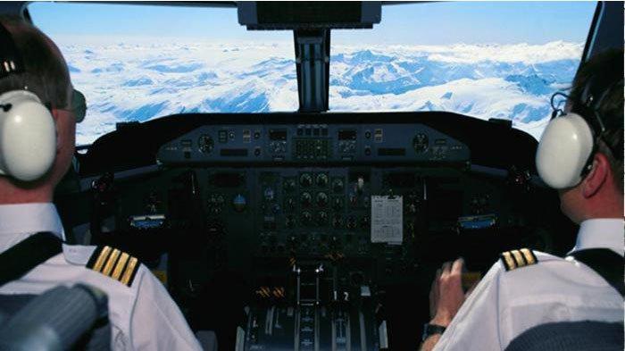 Nilai Bom Surabaya Rekayasa, Pilot Garuda Ini Langsung DiNon-Aktifkan