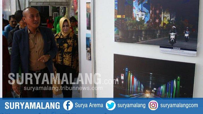 Berwisata ke Tugu : Nikmati Makanannya Sambil Melihat Wajah Kota Malang di Lukisan dan Foto