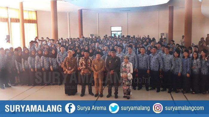 Kota Malang Punya 285 PNS Baru, Wali Kota Malang Ujicoba Absensi dengan Wajah Tersenyum