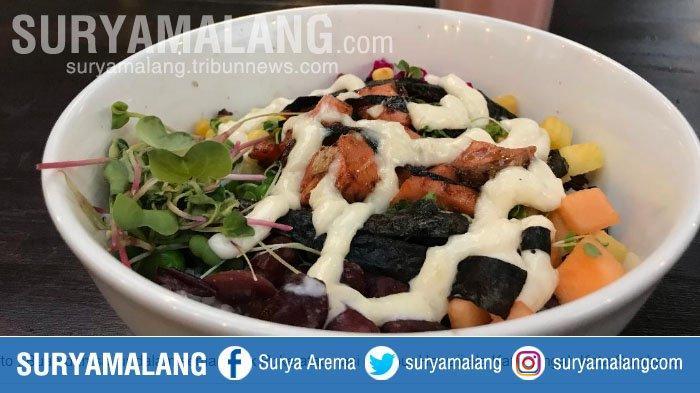 Harga Nasi Campur Khas Hawaii dan Minuman Sehat di KaTeKo Surabaya