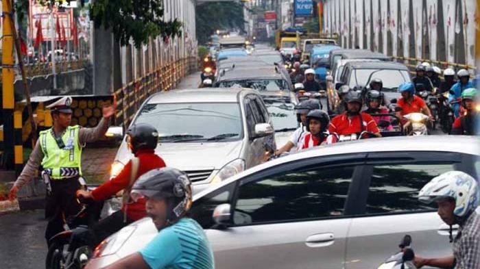Jumlah Kendaraan Tak Terkendali, Tambah Kerawanan di Jalan