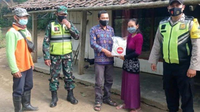Polres Malang Bantu Penyaluran Bantuan 52 Ton Beras