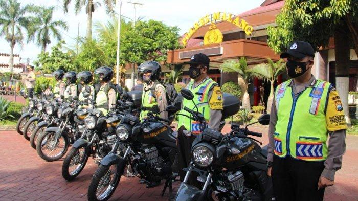 7 Bhabinkamtibmas Dapat Motor Baru dari Polres Malang