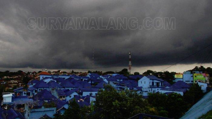 Ramalan Cuaca Kota Malang, Batu & Surabaya Minggu 27 Januari 2019 - Waspada Hujan Siang Hingga Malam