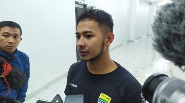 Potret Gian Zola saat di Bandung pada Sabtu (25/1/2020).