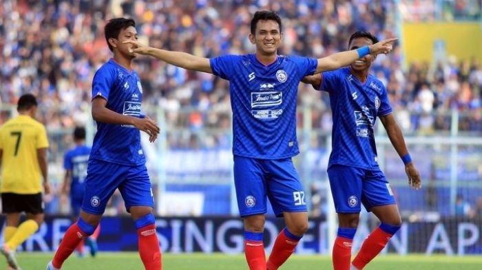 Berita Arema Populer Rabu 28 April 2021: Calon Pelatih Asal Eropa, Rencana Uji Coba Sama Bali United
