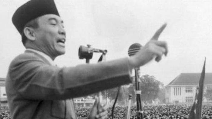 Rahasia Bung Karno saat Menulis Pidato 17 Agustus : Melihat Bintang, Bermunajat Hingga Kertas Basah