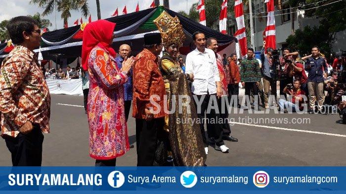 Terpukau Melihat Jember Fashion Carnaval, Ini Komentar Presiden Jokowi . . .