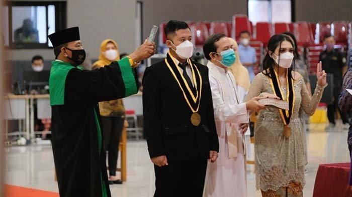 FKG IIK Bhakti Wiyata Sumpah Dokter Gigi Baru, Tiga Diantaranya Warga Negara Asing