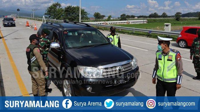 ILUSTRASI - PSBB Malang Raya beberapa waktu lalu. Kabupaten Malang akan berlakukan PSBL di wilayah Malang Utara