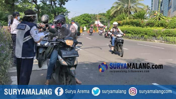 Pemkot Surabaya Wacanakan akan Ada Monitoring Ketat di Pintu Masuk Surabaya