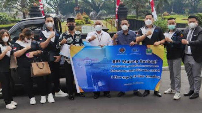 PT Bestprofit Future Malang (BPF) Salurkan 1 Ssapi dan 12 Kambing ke Pemkot Malang