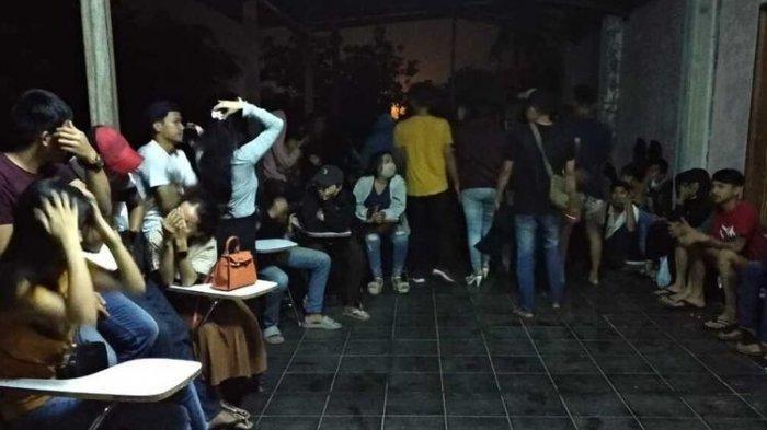 Sembunyi di Toilet dan Ada yang Bugil, 61 Pasangan Mesum Diciduk di Kosan dan Tempat Hiburan Malam