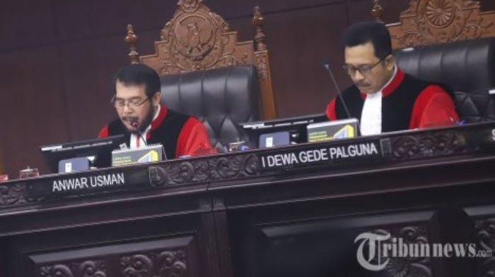 BREAKING NEWS : Putusan MK Menolak Semua Permohonan Tim Kuasa Hukum Prabowo - Sandiaga Uno