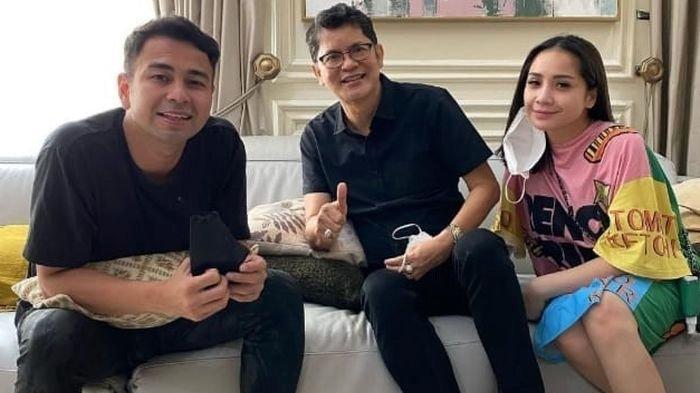 Raffi Ahmad bersama dokter Boyke dan Nagita Slavina