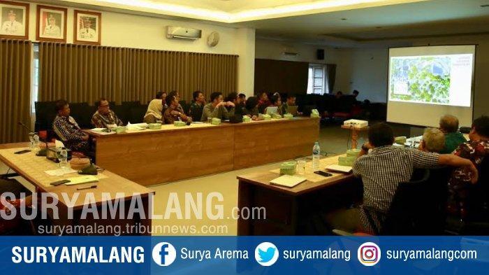 Banyuwangi Dan Kementerian BUMN Kebut Pengembangan Wisata Pantai Pulau Merah
