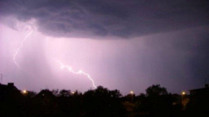 Ramalan Cuaca Kota Malang, Kota Batu & Surabaya, Senin 25 Februari 2019 - Waspada Hujan Petir