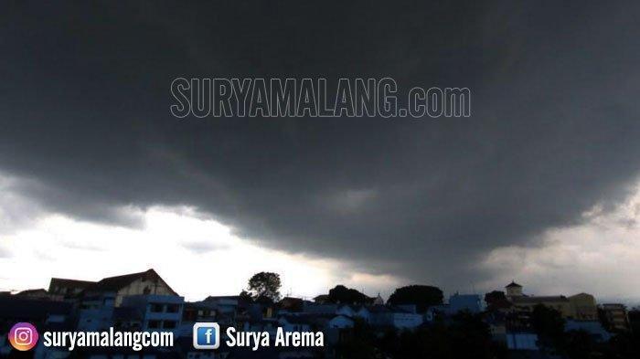 Ramalan Cuaca Malang, Kota Batu & Surabaya Senin 11 Maret 2019 - Hujan Masih Terjadi