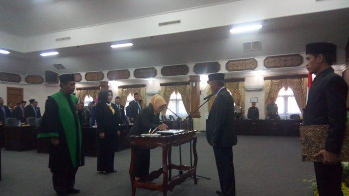 Mundur, Dua Anggota DPRD Kabupaten Tuban Resmi Di PAW