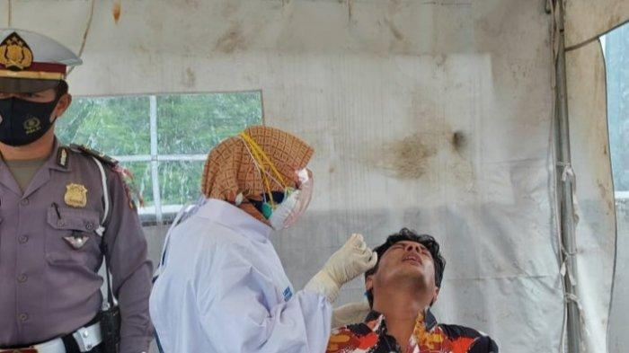 Dinkes Kota Malang Gelar Rapid Tes Antigen di Pos Penyekatan Exit Tol Madyopuro