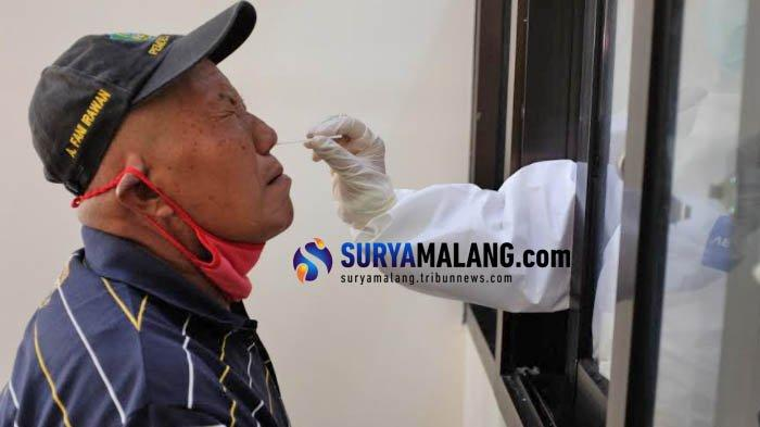 Screening di Perbatasan Trenggalek, 2 Orang Reaktif Rapid Test Antigen Diminta Balik ke Daerah Asal