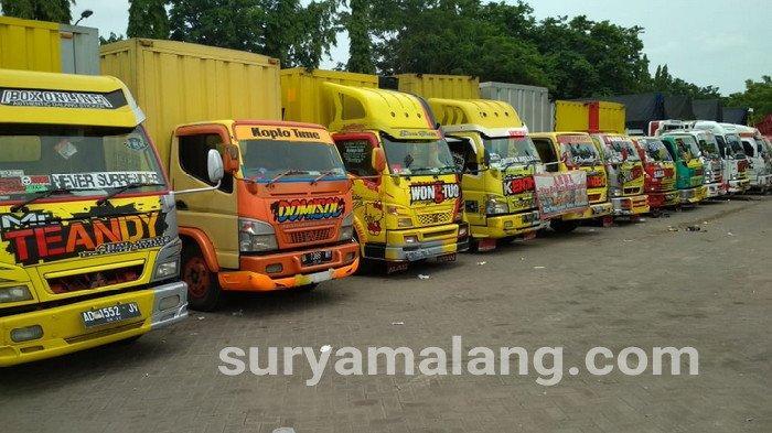 Ratusan Truk Keren dari Jawa, Bali dan Lampung Kumpul di Lamongan