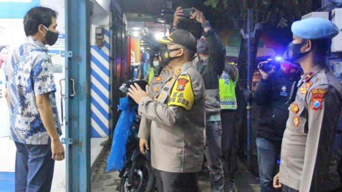 Patroli PPKM, Kapolres Malang Temukan Aktivitas 'Sembunyi-Sembunyi' Pemilik Kafe