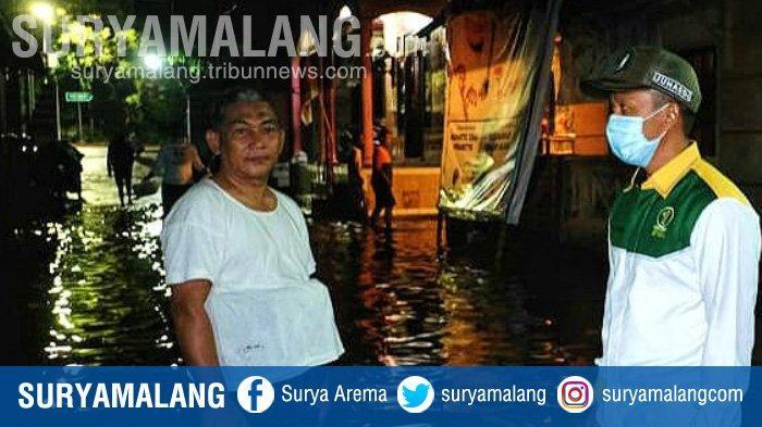 Relawan Gus Ipul - Mas Adi Dikerahkan Bantu Korban Banjir di Kota Pasuruan