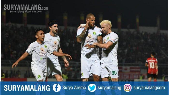 Hasil Skor Akhir Persebaya Vs Bhayangkara FC : Gol Bunuh Diri Warnai 3 Poin Bajol Ijo