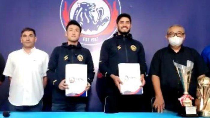 FAKTA  2 Pemain AsingAremaFC Lainnya Tak Kunjung Datang Terungkap, Masih Terikat Kontrak Klub Lama